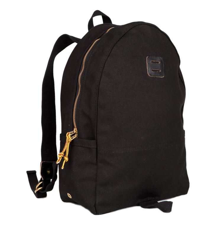 Day Pack Duck Black Angle