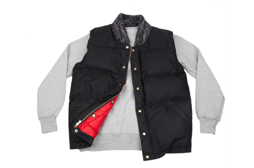 Archival Down Vest Black styled